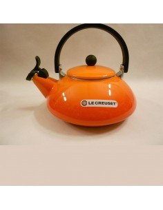Orange kettle Le Creuset